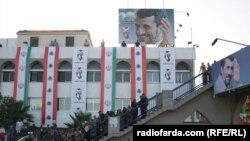 اندکی پس از سفر محمود احمدی نژاد به لبنان، رئیس جمهور آمریکا برای همتای لبنانی خود پیام فرستاده است.