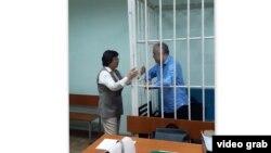 Роза Отунбаева буга чейин Текебаевдин сотуна 22-июнда келген