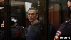 A.Navalnı fevralın 2-də məhkəmədə