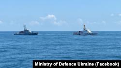 Учения типа PASSEX между украинских и грузинскими моряками в акватории Черного моря