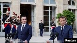 Presidenti i Francës, Emmanuel Macron dhe kryeministri i Kosovës, Albin Kurti.