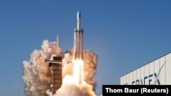 Запуск SpaceX Falcon Heavy