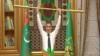 Президент Туркменистана с позолоченной штангой стал объектом американской сатиры