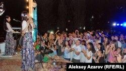Виступ гурту ATMASFERA в місті Алмати, Казахстан, 18 серпня 2015 року