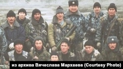Вячеслав Мархаев (третий справа в верхнем ряду), командир ОМОНа республики Бурятия