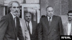 Azerbaijan – President Abulfaz Elchibey [l] with his future successor Haydar Aliyev, 1992