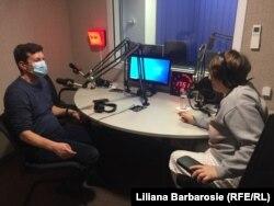 Jurnalistul Euronews Ernest Bunguri și Liliana Barbarosie de la Europa Liberă
