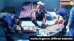 UKRAINE, LIVADIA - Rescue a woman who fell into the pool, 05Jul19
