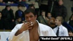 Неъматулло Асронкулов, таджикский дзюдоист.