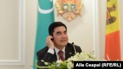 Президент Туркменистана Гурбангулы Бердымухамедов. 24 июля 2013 года.