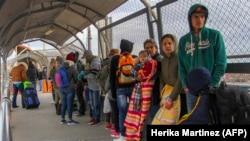Мигранты с Кубы, из Венесуэлы и Центральной Америки по пути в США, 9 января 2019