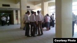 طلبة في كلية التربية ابن الهيثم بجامعة بغداد