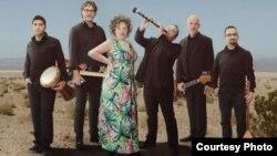 Данскиот музички бенд Кинес кабали.