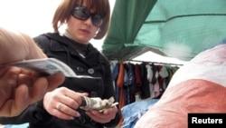 На рынке в Минске. Иллюстративное фото.