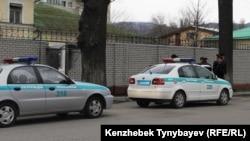 Полицейские автомобили в Алматы. Иллюстративное фото.
