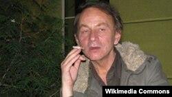 მიშელ უელბეკი