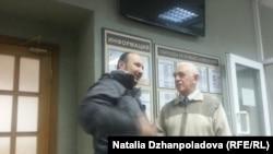 """Амнистированный фигурант """"Болотного дела"""" Дмитрий Рукавишников (слева) в суде"""