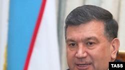 Shavkat Mirziyoyev sakkiz yildan beri bosh vazir lavozimini egallaydi, undan avval yetti yil davomida Jizzax va Samarqand viloyatlari hokimi bo'lgan.