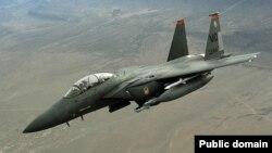 یک جنگنده اف-۱۵