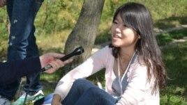 Camilla Xiaoting Yuan din China, voluntară în satul Mereni
