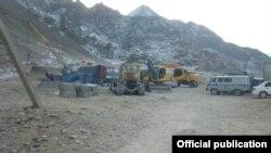 Строительство дороги в объезд анклава Ворух. 13 января 2014 года.