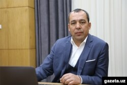 Аброр Ганиев зарегистрирован в качестве акционера нескольких оффшорных компаний, принадлежащих Джахонгиру Артыкходжаеву.