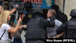 Veaceslav Platon, escortat de poliție