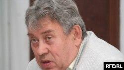 Геннадий Коренчук, Кажымқан Мәсімовтің жақтаушысы. Алматы, 18 маусым 2009 ж.