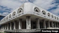 Здание бывшего ресторана «Нарын». Бишкек.