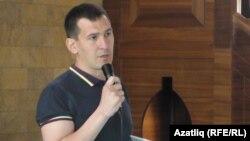 Эрлан Азизов