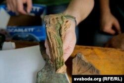 Кавалкі кафлі з Жаберскага замку могуць даць уяўленьне пра тое, як ён быў колісь аздоблены