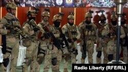 Бійці Афганської національної поліції під час параду в Кабулі, фото 25 грудня 2014 року