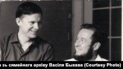 Васіль Быкаў і Аляксандар Салжаніцын, 1967 год.