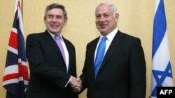 نخست وزیر بریتانیا در سفر به اسرائیل با مقام های این کشور در باره برنامه اتمی ایران گفت و گو کرد.(عکس: AFP)