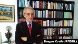 Glavni problem jeste podsticanje lažnih vesti od strane onih koji su na vlasti: Slobodan Beljanski