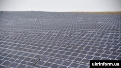 За словами Буславець, законопроєкт про «зелену» енергетику спрямований передусім на великі станції потужністю від 1 мегавату