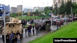 В нынешнем году правительство Грузии заменило парад выставкой военной техники, с которой могли ознакомиться жители столицы и 26-ти городов страны