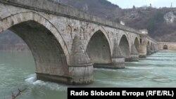 Na Drini ćuprija, most Mehmed paše Sokolovića u Višegradu