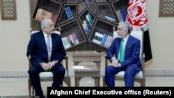 U.S. special representative for Afghanistan, Zalmay Khalilzad (left), and Afghanistan Chief Executive Abdullah Abdullah.