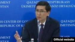 Министр образования и науки Асхат Аймагамбетов