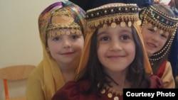 «Azərbaycan milli uşaq geyimləri» adlı kolleksiya