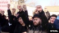 Aksiya iştirakçıları Fələstindəki yaralıların Azərbaycan xəstəxanalarında müalicə olunmasını istəyiblər