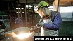 Radnik u Aluminiju, fotoarhiv