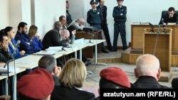 Նորքի զինված խմբի գործով դատական նիստում հրապարակվեցին հեռախոսազրույցների գաղտնալսումները