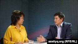 Финансист Марат Каирленов (справа) и журналист Айнур Алимова.