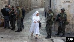 Израильские патрули на Виа Долороза в Старом городе в Иерусалиме