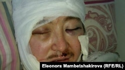 В больницу Кадыра Маликова доставили с многочисленными ножевыми ранениями.