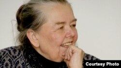 Івонка Сурвіла