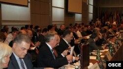 Еуропадағы Қарулы күштер туралы келісімге мүше мемлекеттердің Венадағы конференциясына қатысушылар. Австрия, 12 маусым, 2007 жыл.
