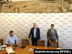 Маріуш Саґан (в центрі), директор відділу стратегії та опіки інвесторами